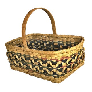 1900s Arts and Crafts Flat Reed With Curls Basket For Sale