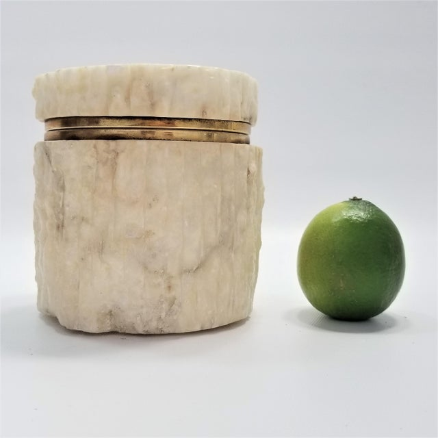 Rare Heavy Vintage Italian Alabaster Marble Jewelry Box - Italy Mid Century Modern Palm Beach Boho Chic For Sale - Image 12 of 13
