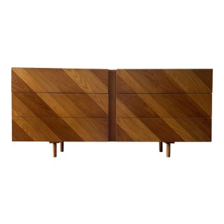 Mid Century Modern Dresser or Credenza For Sale