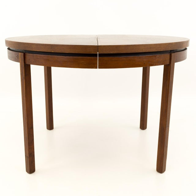 Mid Century Modern Milo Baughman for Dillingham Esprit Round Dining Table For Sale - Image 11 of 13