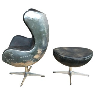 Arne Jacobsen Egg Lounge Chair & Ottoman - a Pair Preview