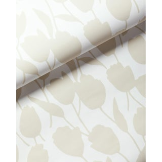 Serena & Lily Cortina Graphic Tulips Flowers Tan/Sand & White Wallpaper For Sale