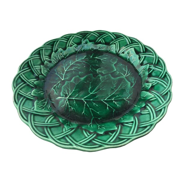 Cottage Green Majolica Cabbage Plate W/ Woven Border For Sale - Image 3 of 5