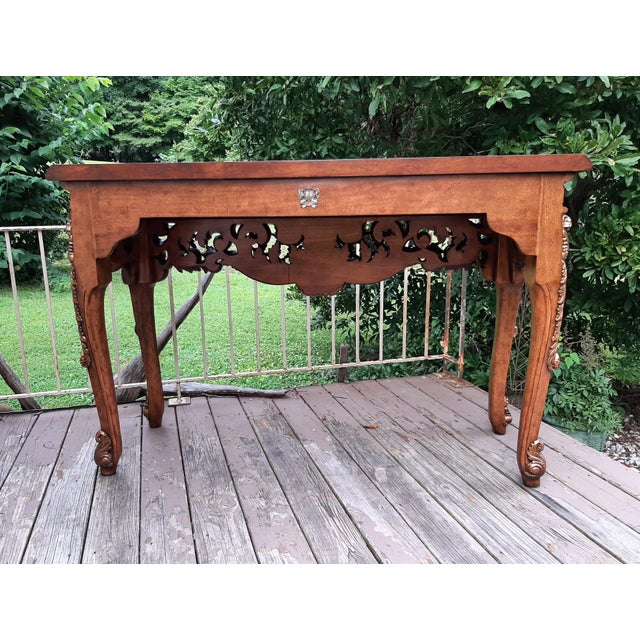 1990s Vintage Theodore Alexander Althorp Carved Wood Gilded Console Table For Sale - Image 5 of 13