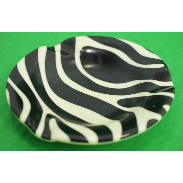 El Morocco Zebra Striped Ashtray For Sale - Image 4 of 4