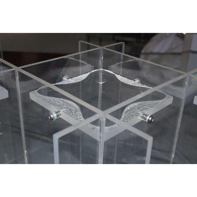 Mid-Century Modern Lucite & Glass Coffee Table For Sale In New York - Image 6 of 10