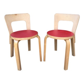 1960s Vintage Red Alvar Aalto N65 Children's Chairs- A Pair For Sale