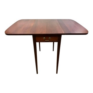 19th Century Early American Mahogany Drop Leaf Table For Sale