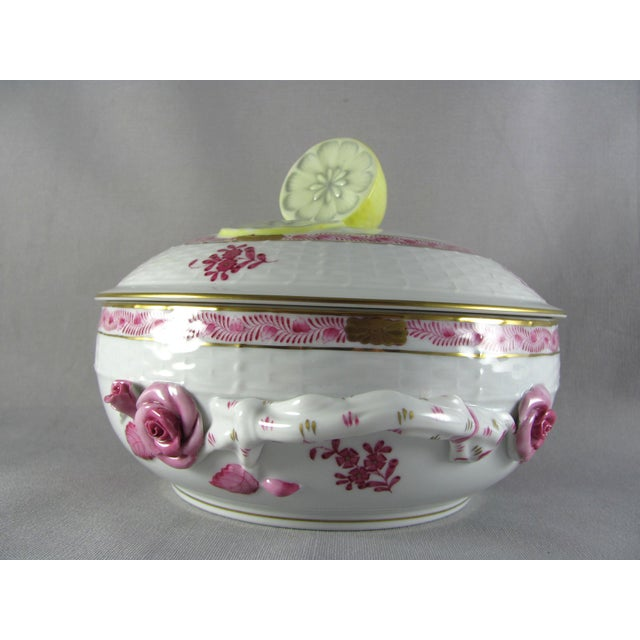 Herend Herend Chinese Bouquet Raspberry Bean Pot Tureen With Lemon Finial For Sale - Image 4 of 10