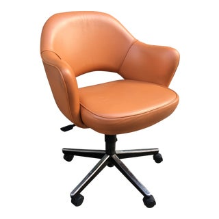 Eero Saarinen for Knoll Executive Leather Chair For Sale