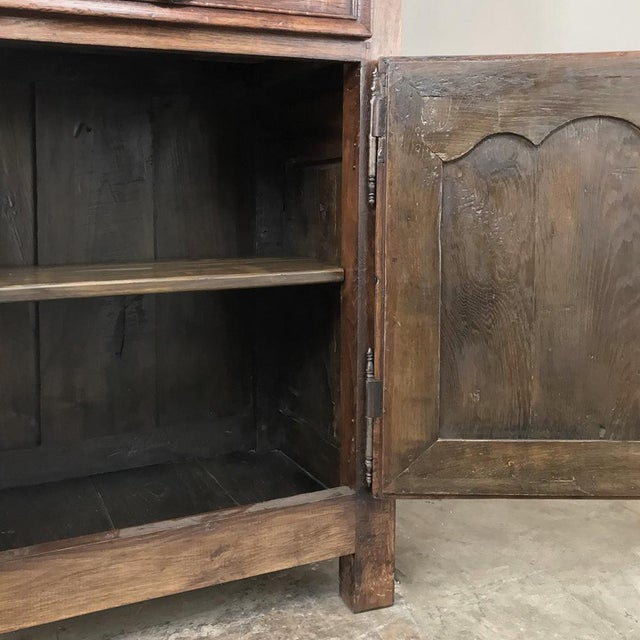 19th Century Country French Homme De Bout - Bonnetiere For Sale In Dallas - Image 6 of 13