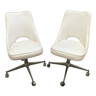1970s Mid-Century Modern Dixie Dinette Mod Swivel and Rolling Chairs - a Pair For Sale