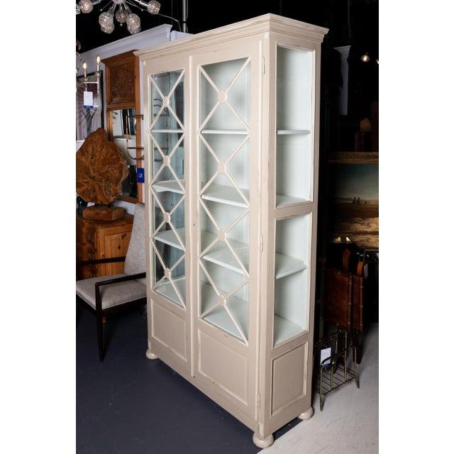 White 1980s American Classical Style Painted Cabinet For Sale - Image 8 of 11