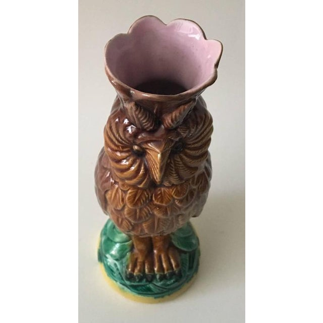 Traditional 19th Century English Majolica Owl Vase For Sale - Image 3 of 5
