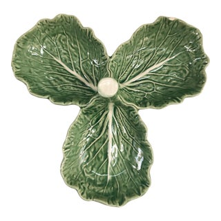 Vintage Bordallo Pinheiro Green Cabbage Leaf Majolica Serving Tray For Sale