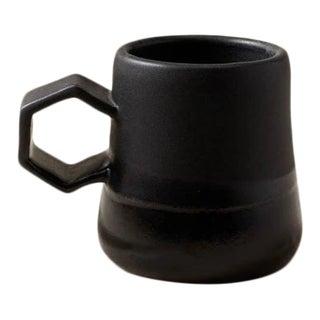 Contemporary Handmade Ceramic Maya Mug - Noir/Gloss For Sale