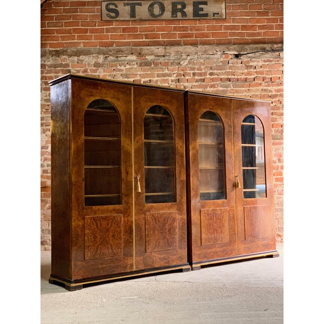 Tomaso Buzzi Burr Walnut Display Cabinets Bookcases, Italy, circa 1929 - A Pair For Sale - Image 6 of 12