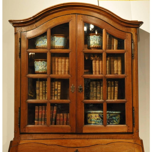 18th Century French Louis XV Carved Walnut Folding Top Secretary Bookcase For Sale In Dallas - Image 6 of 8