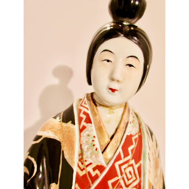 Japanese Kutani Porcelain Geisha Figure For Sale - Image 9 of 12