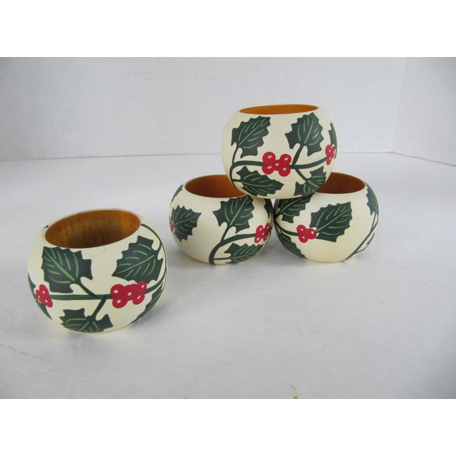 Americana Painted Wood Holly Pattern Napkin Rings- 4 Pieces For Sale - Image 3 of 3