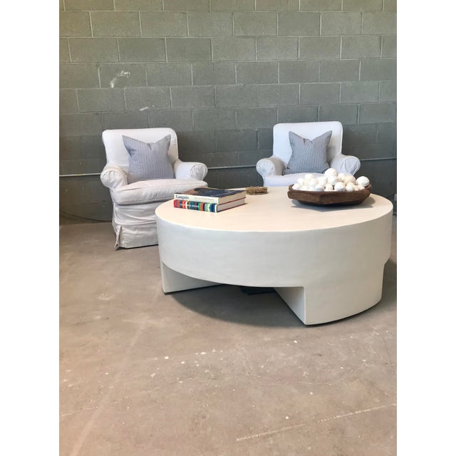 Contemporary Minimalist Smooth Plaster Round Chunky Coffee Table For Sale - Image 3 of 6