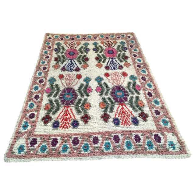 "Dusty Rose Hand Woven Wool Rug - 4'9"" X 7'6"" - Image 1 of 8"