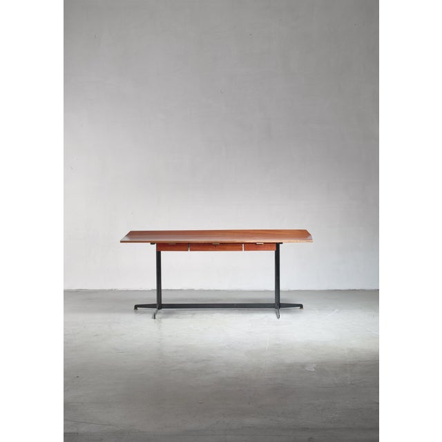 Osvaldo Borsani First Edition T90 Desk, Italy, 1950s For Sale - Image 6 of 7