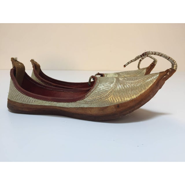 Middle Eastern Arabian Turkish Leather Shoes With Gold Embroidered Curled Toe For Sale In Los Angeles - Image 6 of 10