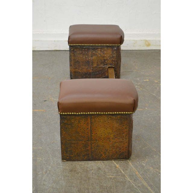 Arts & Crafts Antique English Arts & Crafts Hammered Copper Fireplace Fender w/ Leather Seats For Sale - Image 3 of 10