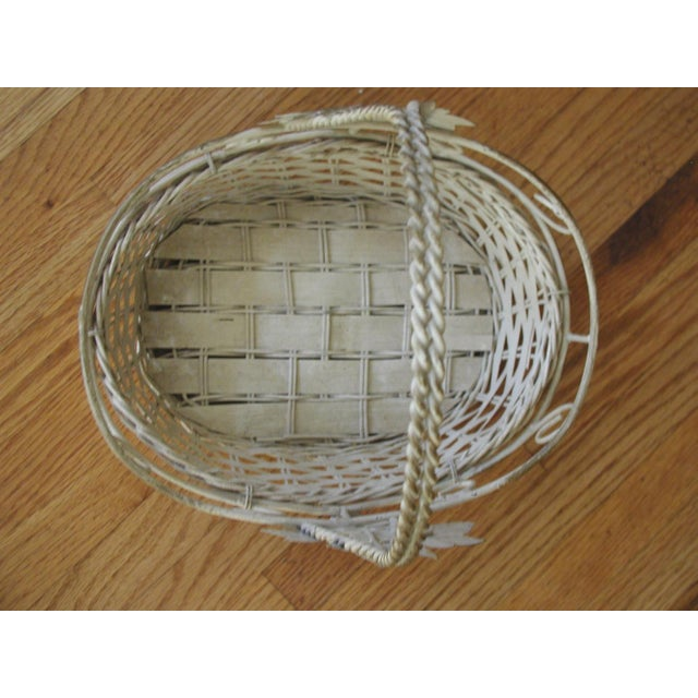 1980s 20th Century Vintage Metal & Straw Oval Basket For Sale - Image 5 of 6