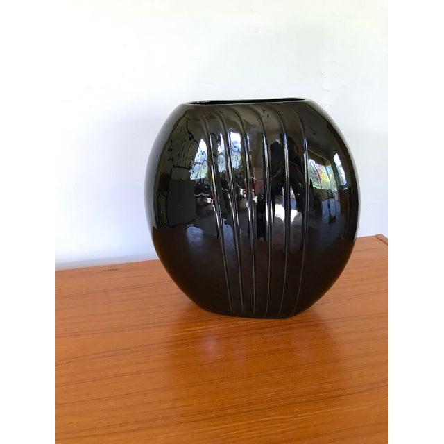 1980's Vintage Black Vase For Sale In Seattle - Image 6 of 8