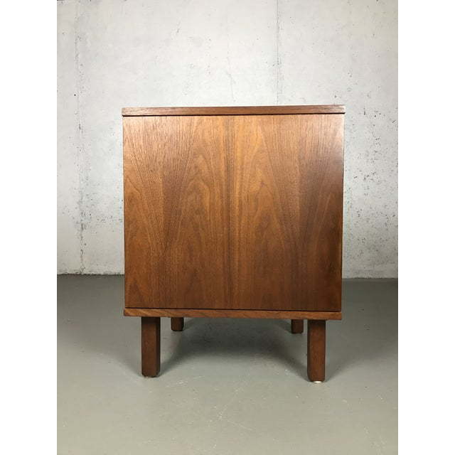 Jens Risom Design Mid-Century Modern 1960's Petite Low Chest in Walnut by Jens Risom For Sale - Image 4 of 11