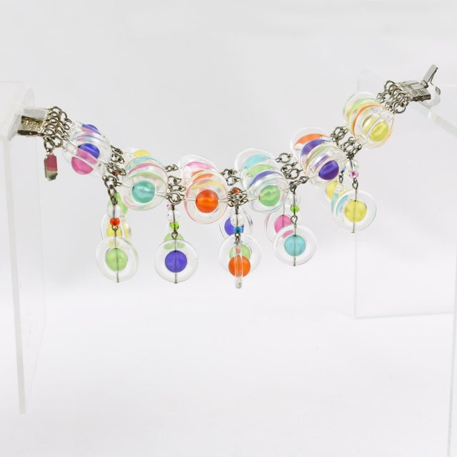 Memphis Eric Beamon Multicolor Lucite Link Bracelet With Charms For Sale - Image 3 of 9