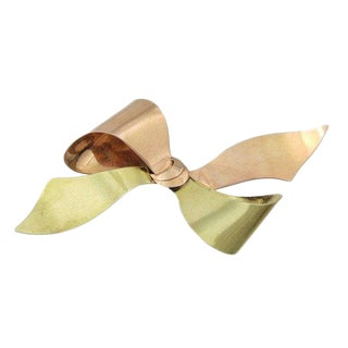 Retro Period Rose and Yellow Gold Bow Pin For Sale