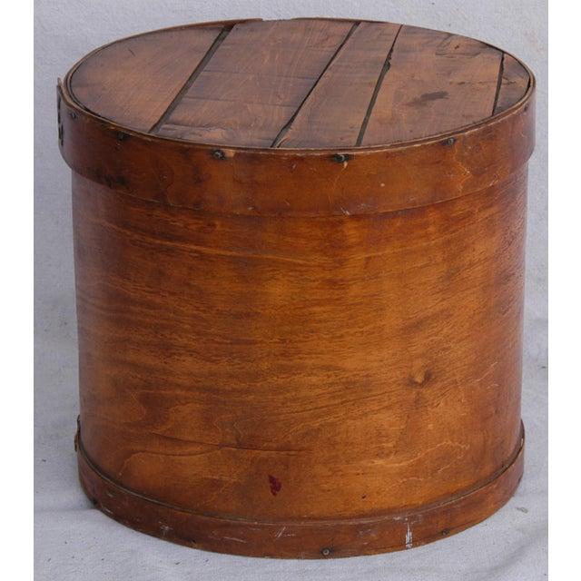 Vintage Rustic Round Wood Lidded Box - Image 4 of 11