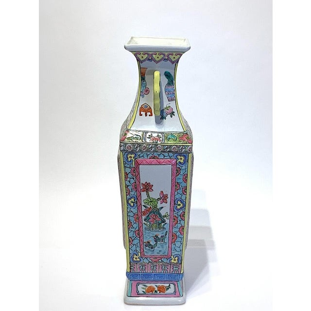 Mid 20th Century Large Chinese Famille Rose Square-Form Vase With Birds and Ducks For Sale - Image 4 of 10