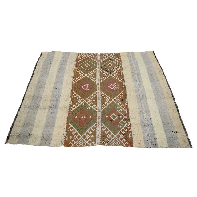 Mid 20th Century Vintage Small Kilim Rug-4′3″ × 5′9″ For Sale - Image 4 of 7