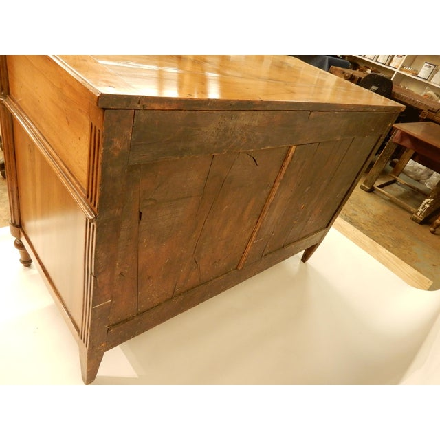 Louis XVI Walnut 19th Century Commode For Sale - Image 9 of 10