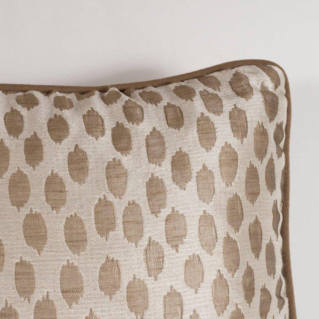 Contemporary Pair of Modernist Square Pillows in Ecru and Muted Gold Tones with Piping Detail For Sale - Image 3 of 7