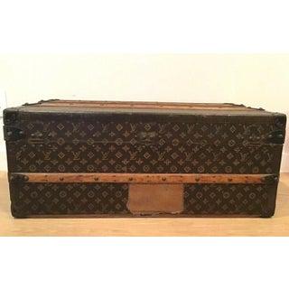 Vintage Louis Vuitton Trunk Preview