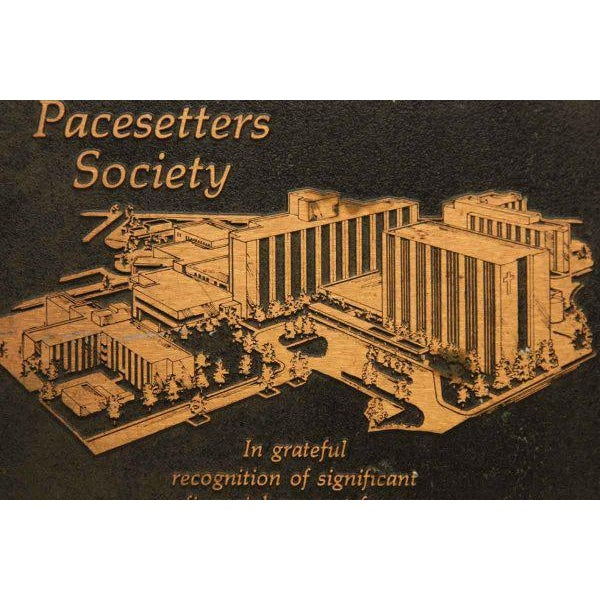 Vintage Riverside Pacesetters Society Plaque - Image 4 of 6