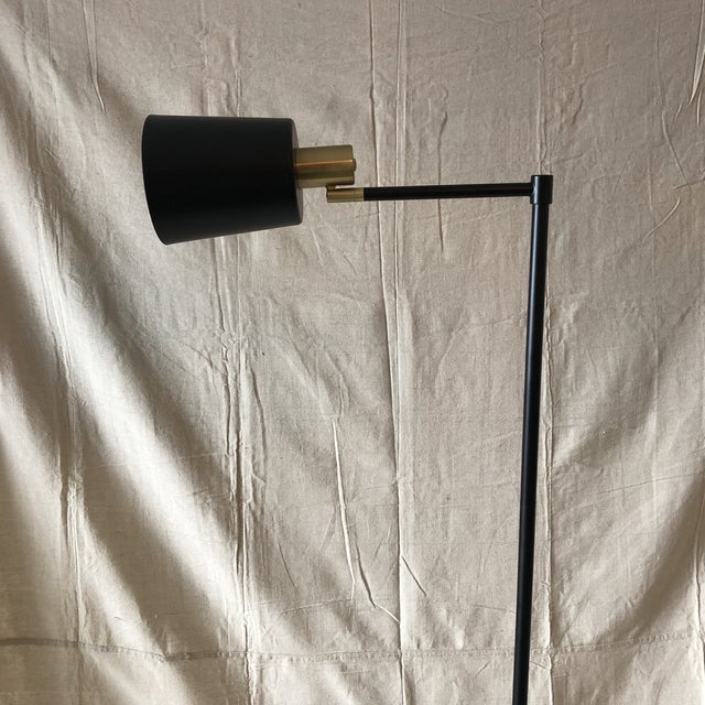 Metal Mid-Century Style Articulated Arm Brass and Black Floor Lamp For Sale - Image 7 of 9