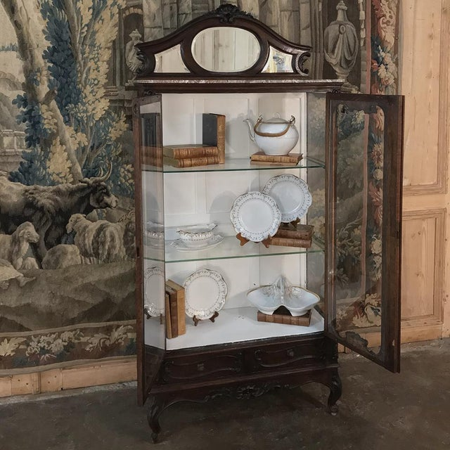 19th Century French Louis XV Marble Top Vitrine For Sale - Image 4 of 13