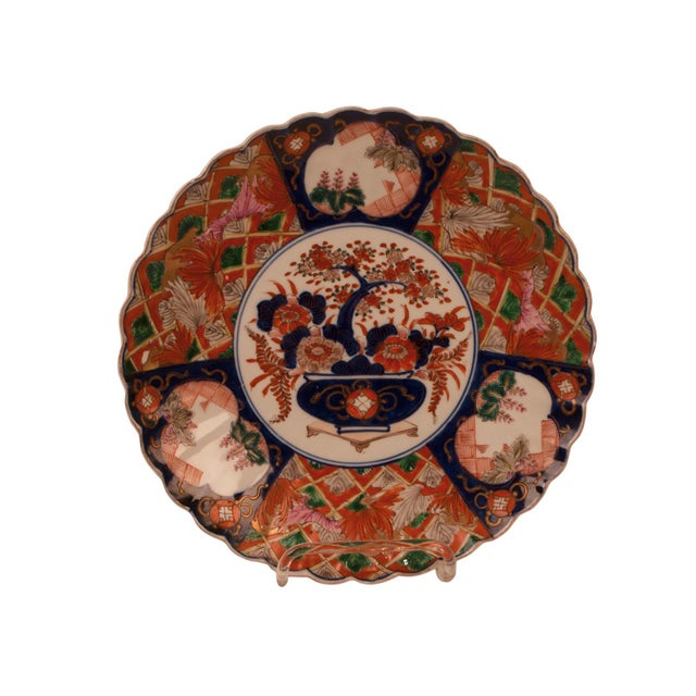 1880s Japanese Imari Porcelain Scalloped Charger Plate For Sale In San Francisco - Image 6 of 6