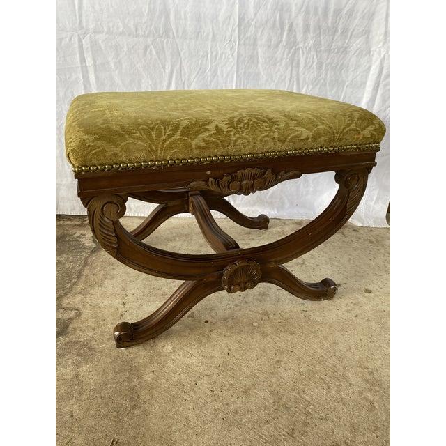 1960s Vintage Regency Carved Wood X Bench For Sale - Image 9 of 10