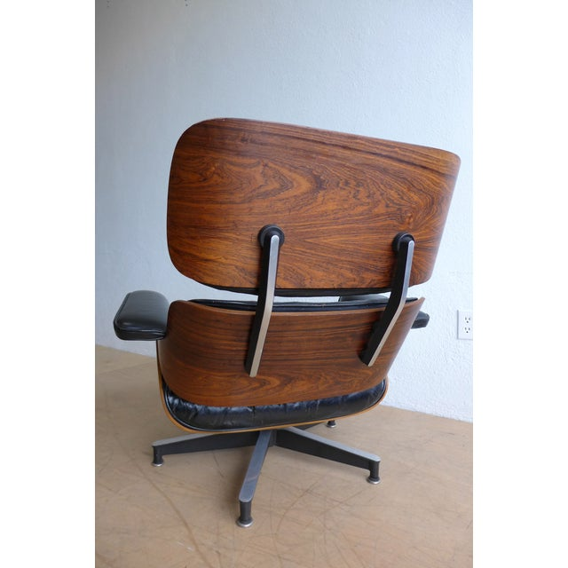 Eames 670/671 Leather Lounge Chair For Sale - Image 5 of 9