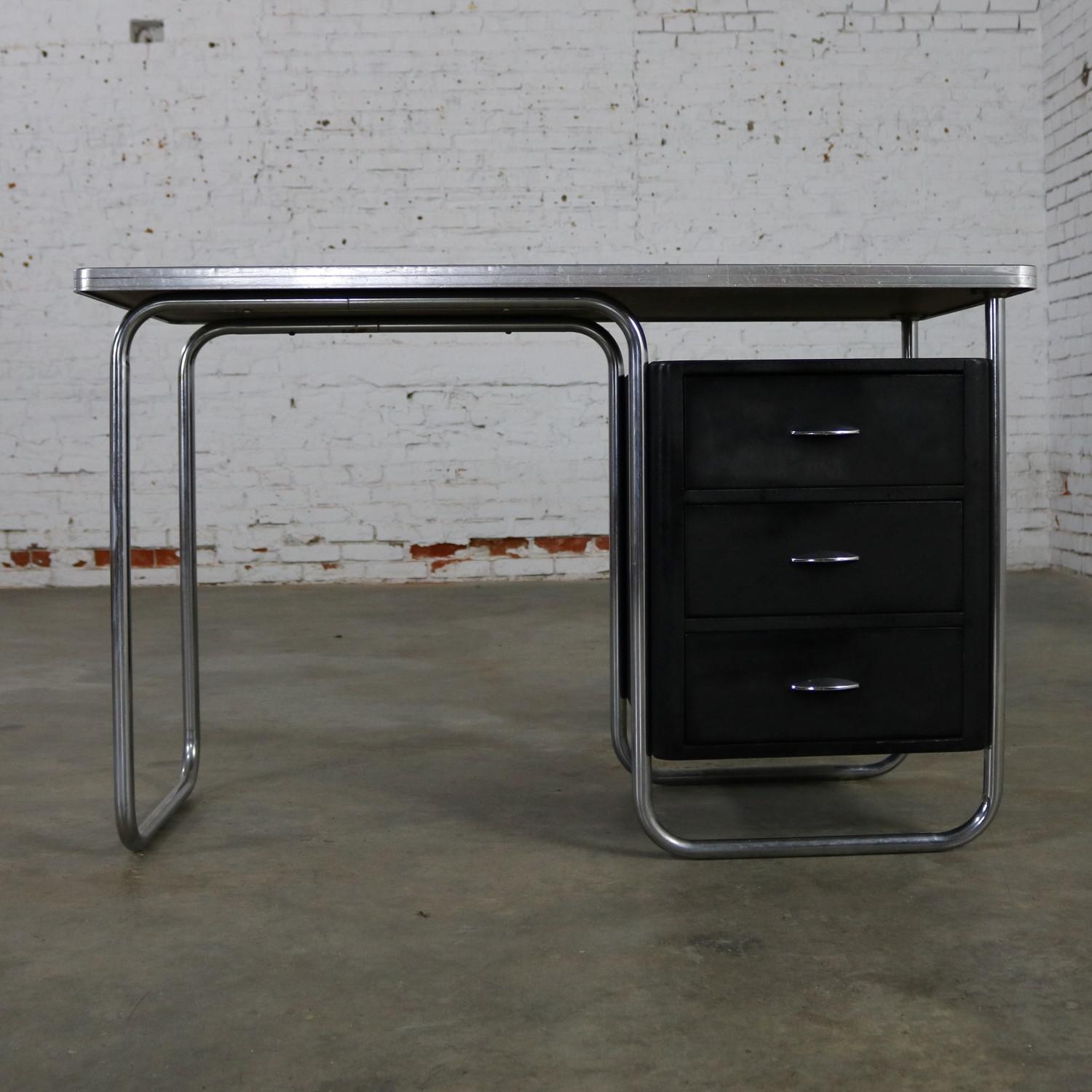 Art Deco Streamline Moderne Machine Age Desk By Walter Dorwin Teague For  Texaco   Image 3