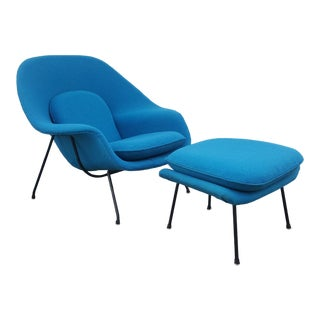 1950's Vintage Saarinen Knoll Womb Chair and Ottoman For Sale