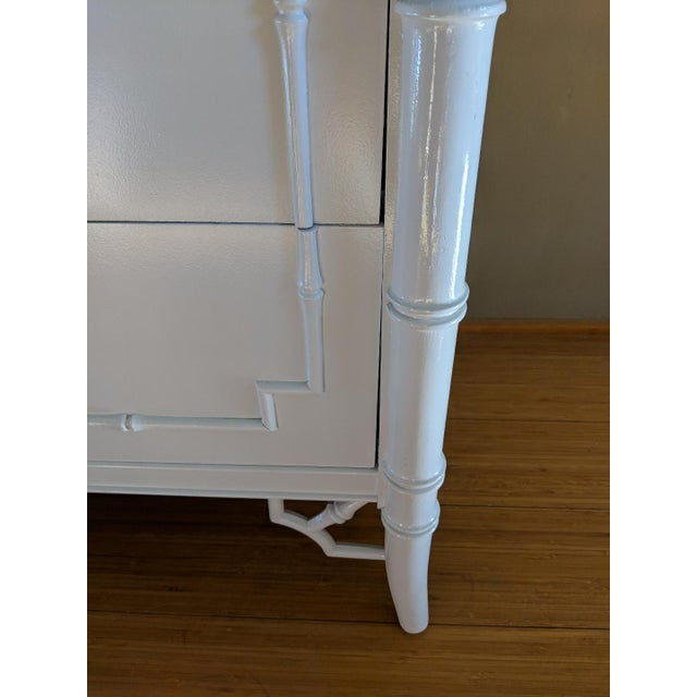 Thomasville Allegro faux bamboo dresser. Professionally painted in high gloss white . Smooth durable glossy finish,...