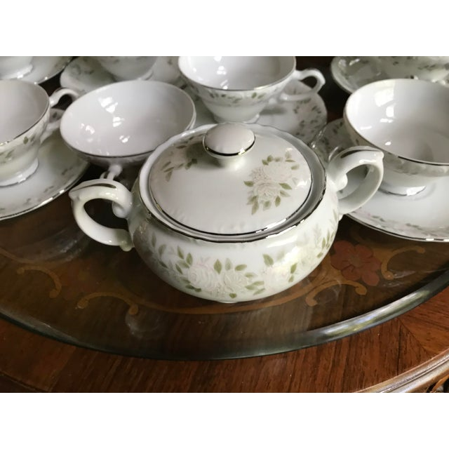 Traditional Classy ,Vintage Sheffield Fine China Classic 501 ,Reduced Set for 11 For Sale - Image 3 of 11